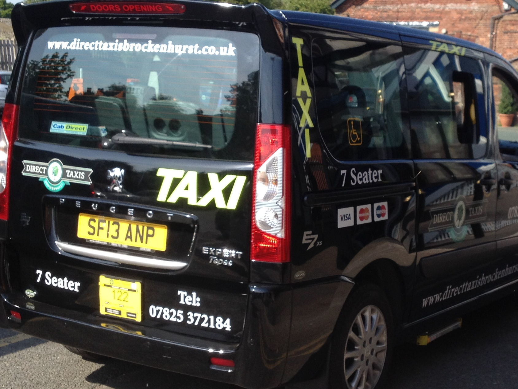 The Benefits Of Booking Ahead With Direct Taxis